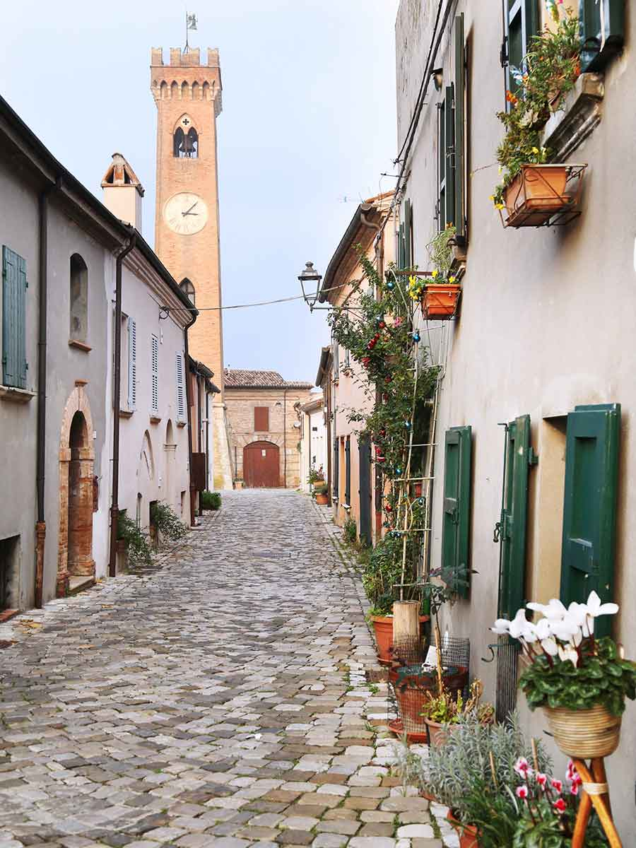 Santarcangelo_torre_orologio